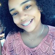 Leandra R. - Panama City Babysitter