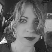 Kristi J. - Joplin Pet Care Provider