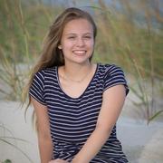 Zoe B., Babysitter in Mechanicsburg, PA with 3 years paid experience