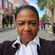 Diannia G. - Charleston Babysitter