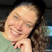 Emily M. - Hampton Babysitter