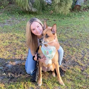 Alexis W., Pet Care Provider in Hampstead, NC with 1 year paid experience