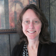 Lori V. - Bradford Pet Care Provider