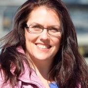 Lesley C. - Waltham Babysitter