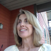 Christine J. - Springfield Babysitter