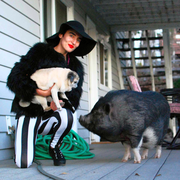 Adriana P. - Pasadena Pet Care Provider