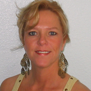 Lynn S. - Denver Care Companion