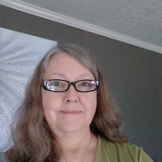 "Linda M. - Cuyahoga Falls <span class=""translation_missing"" title=""translation missing: en.application.care_types.child_care"">Child Care</span>"