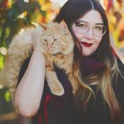 Alie P. - Bakersfield Pet Care Provider