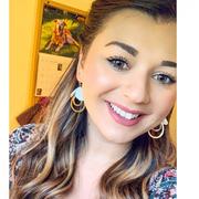 Lauren V. - Redwood Babysitter
