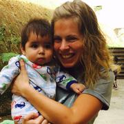 Sara V. - Rockford Babysitter