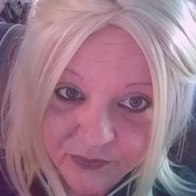 Krystal Lee S., Nanny in Lawrenceville, IL with 15 years paid experience