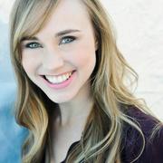 Samantha H. - Woodside Babysitter