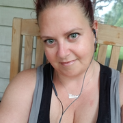 Laura E., Babysitter in Minneapolis, MN with 31 years paid experience