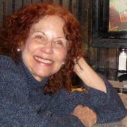 Stephanie S. - Iowa City Nanny