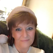 """Carrie M. - Parkersburg <span class=""""translation_missing"""" title=""""translation missing: en.application.care_types.child_care"""">Child Care</span>"""