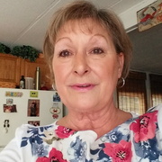 Linda W. - Lewes Pet Care Provider