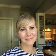Ellen B. - Darien Nanny