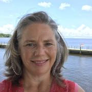 Julie L. - Edenton Pet Care Provider