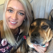 Mckenna H., Pet Care Provider in Grants Pass, OR 97527 with 1 year paid experience