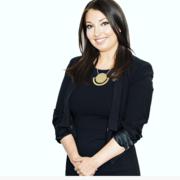 Leanne K. - Four Oaks Pet Care Provider