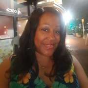 """Robin B. - Capitol Heights <span class=""""translation_missing"""" title=""""translation missing: en.application.care_types.child_care"""">Child Care</span>"""
