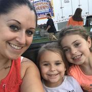 Danielle G. - Hyde Park Babysitter