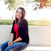 Brooke J. - Manassa Babysitter