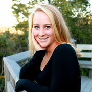 Julia T. - South Yarmouth Babysitter