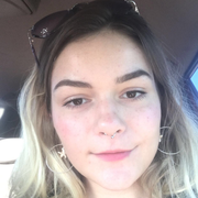 Danielle M. - Jupiter Nanny