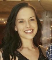 Fiona G. - Milwaukee Babysitter