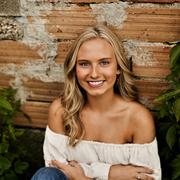 Jessica J. - Lakeville Babysitter