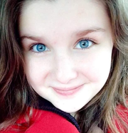 Emma R. - Lombard Babysitter