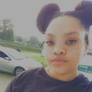 Shanek J., Babysitter in Saint Albans, WV with 2 years paid experience